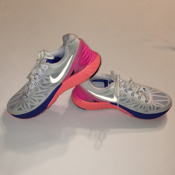 size 40 ba0b7 ee3ce Nike Lunarglide Sneakers Size 6.5. M 5a504699739d489c80024396